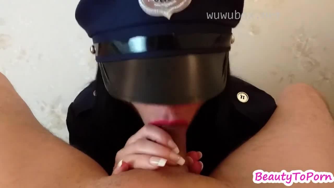 女警察POV吸咽